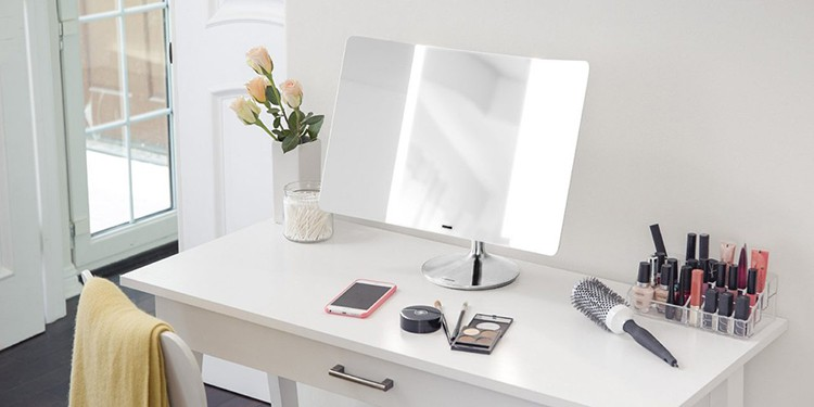 10 Best Lighted Makeup Mirrors 2018